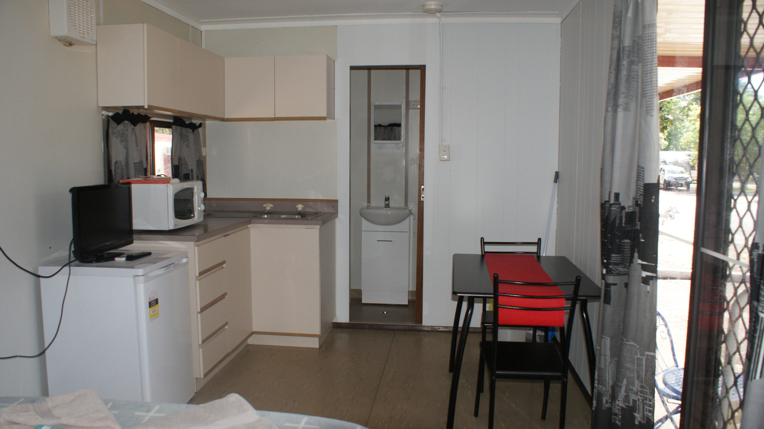 Cabins and caravan accommodation
